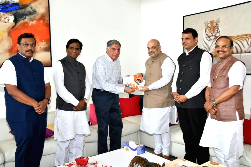 BJP chief Amit Shah along with Maharashtra Chief Minister Devendra Fadnavis, meets Tata Group Chairman Emeritus Ratan Tata, in Mumbai on June 6, 2018. - Devendra Fadnavis, Ratan Tata and Amit Shah