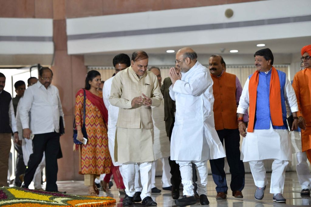 BJP chief Amit Shah and Union Minister Ananth Kumar during the BJP Parliamentary party meeting at Parliament house library, in New Delhi on March 16, 2017. - Ananth Kumar and Amit Shah