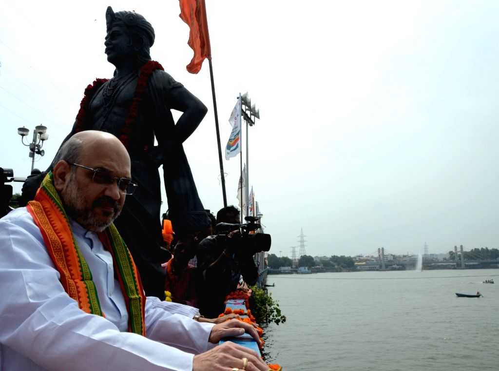 BJP chief Amit Shah at Raja Bhoj statue in Bhopal during his three-day visit to Madhya Pradesh on Aug 18, 2017. - Amit Shah