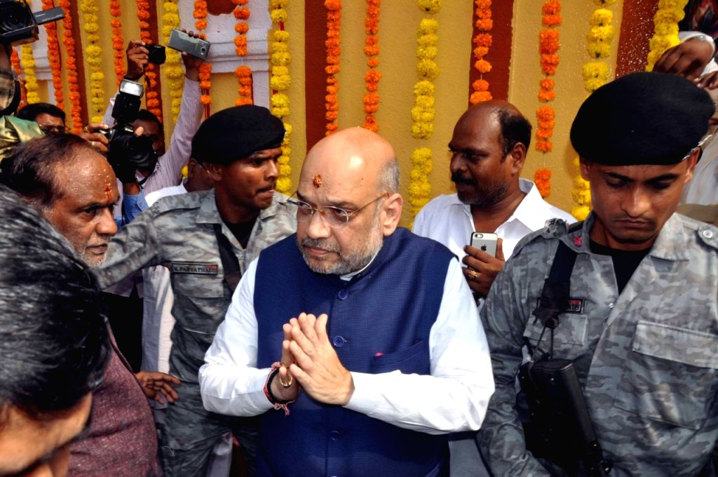BJP chief Amit Shah visits Lal Darwaza Mahankali Temple in Hyderabad on Sept 15, 2018. - Amit Shah