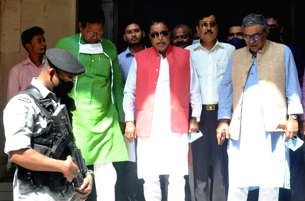 BJP delegation team led by National Vice-President Mukul Roy comes out from the Central election commission office after a meeting with West Bengal Chief Electoral Officer Arif Aftab in ... - Mukul Roy