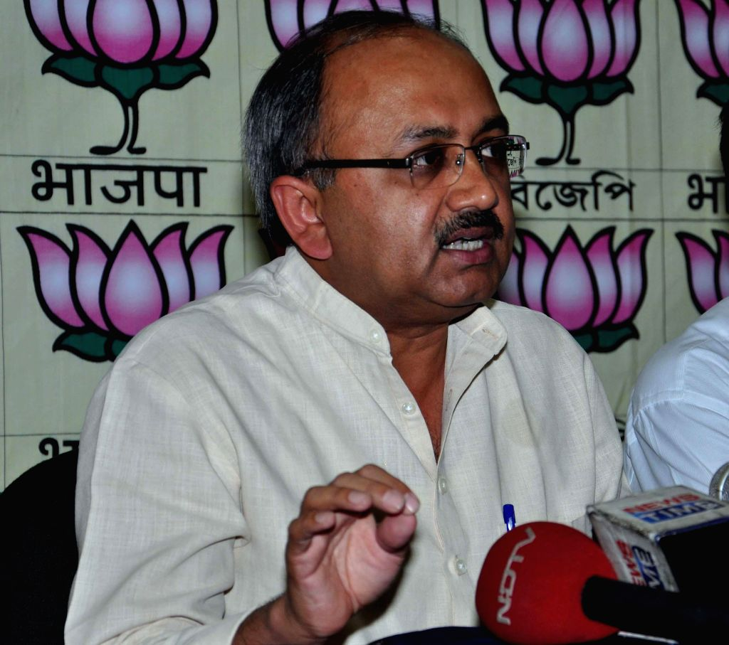 BJP leader and party's observer for West Bengal Siddharth Nath Singh addresses a press conference in Kolkata on April 21, 2014.