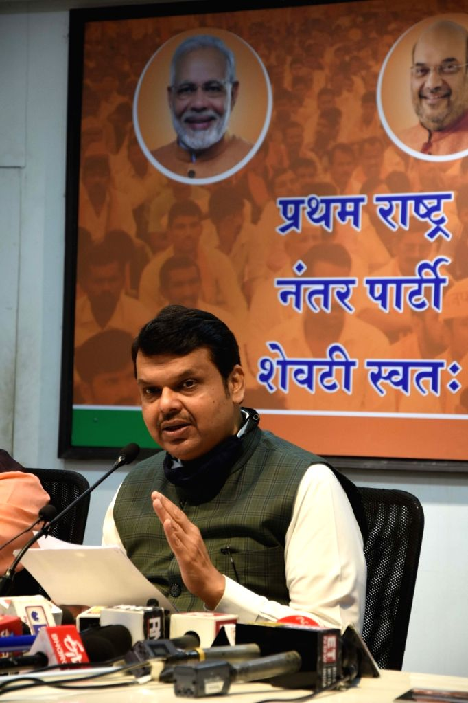 BJP leader Devendra Fadnavis addresses a press conference, in Mumbai on Nov 28, 2020.