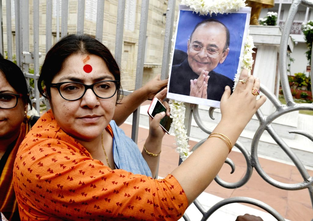 BJP leader Locket Chatterjee pays tribute to BJP leader Arun Jaitley in Kolkata on Aug 24, 2019. Jaitley, 66, was admitted at AIIMS since August 9 and had undergone dialysis on Thursday. He ... - Chatterjee and Arun Jaitley
