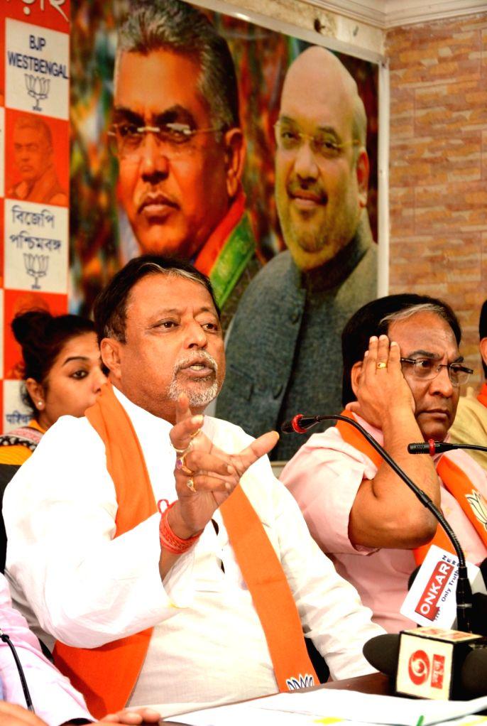 BJP leader Mukul Roy addresses a press conference in Kolkata, on April 28, 2019. - Mukul Roy
