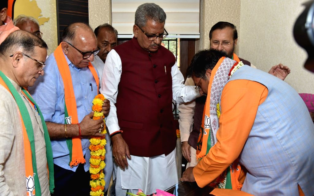 BJP leader Satish Poonia takes charge as the party's Rajasthan unit President in Jaipur on Oct 8, 2019.