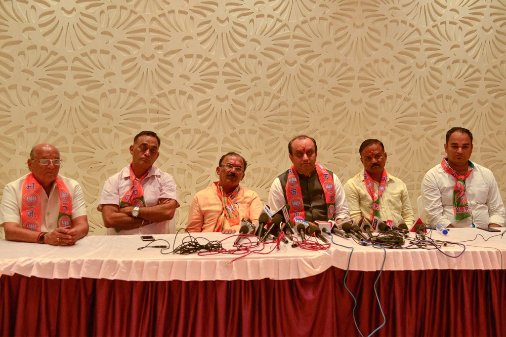BJP leader Sudhanshu Trivedi and other leaders of the party during a press conference in Ajmer on Oct 25, 2018.