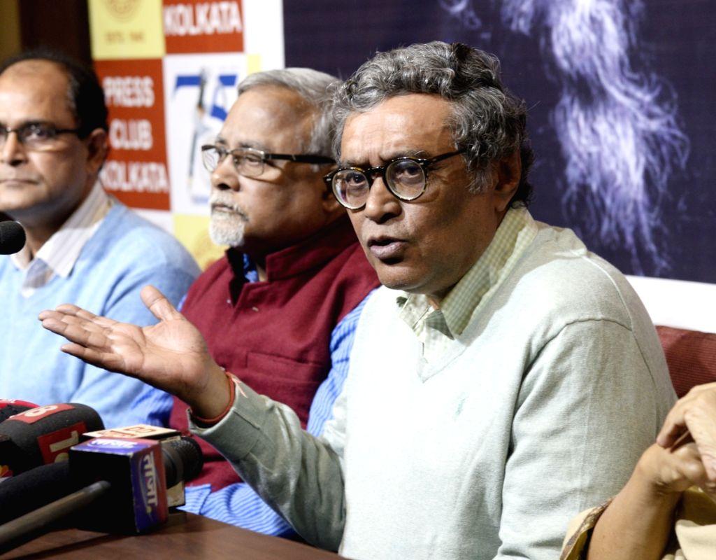 BJP leader Swapan Dasgupta addresses a press conference in Kolkata on Jan 9, 2020.