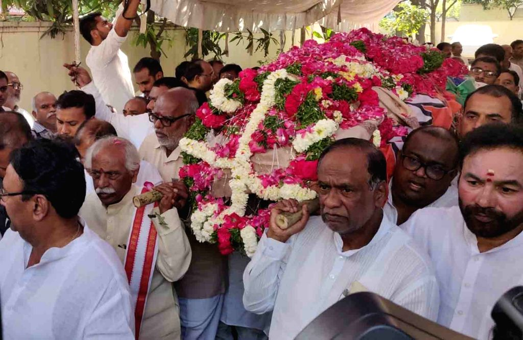BJP leaders Bandaru Dattatreya, G Kishan Reddy and K Laxman participate in the funeral procession of party leader Badam Bal Reddy in Hyderabad, on Feb 24, 2019. - G Kishan Reddy and Badam Bal Reddy