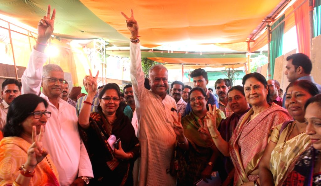 BJP leaders celebrate party's win in the recent Madhya Pradesh Local Body Election in Bhopal on Aug 16, 2017.