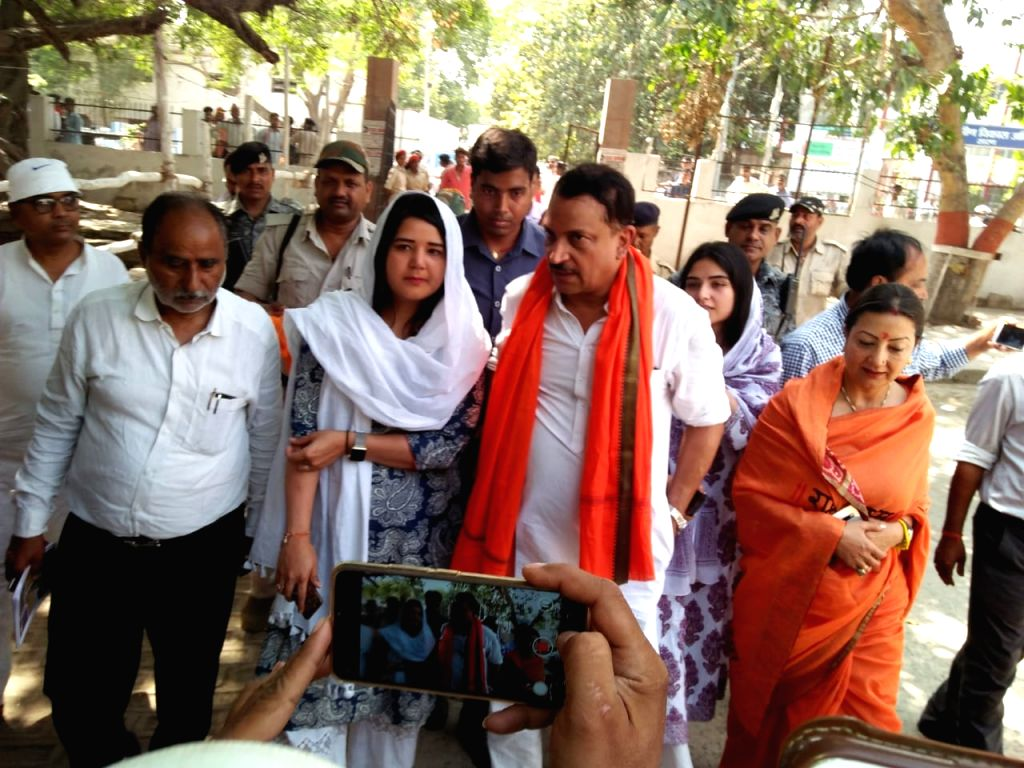 BJP MP and the party's Lok Sabha candidate from Saran, Rajiv Pratap Rudy arrives to file his nomination for the forthcoming Lok Sabha elections, in Bihar's Saran on April 15, 2019.