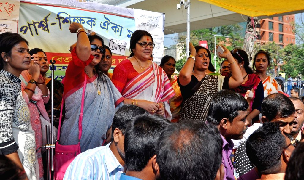 BJP MP Locket Chatterjee joins West Bengal Para Teachers during their protest to press for their various demands, in Kolkata on Nov 15, 2019. - Chatterjee