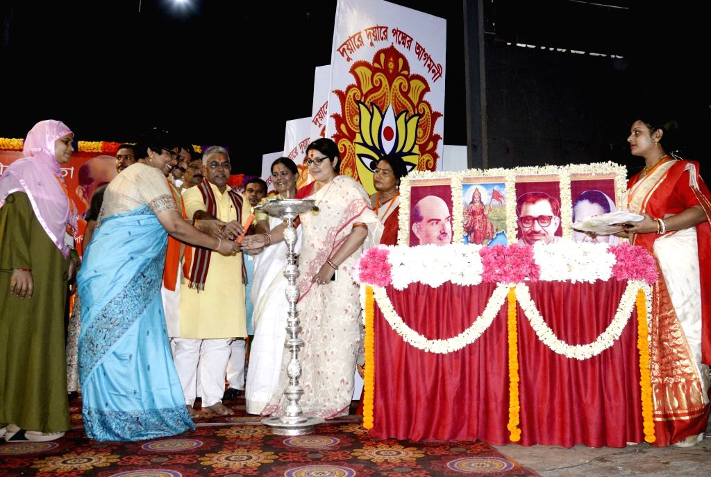 """BJP National Mohila Morcha President Vijaya Rahatkar, party's West Bengal Mohila Morcha President Locket Chatterjee state party President Dilip Ghosh inaugurate a workshop on """"One ... - Chatterjee and Dilip Ghosh"""