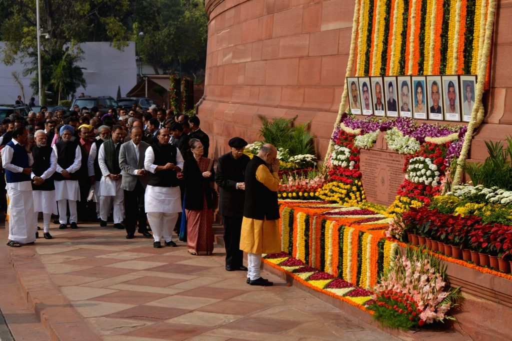BJP President Amit Shah, senior leader LK Advani with other political leaders pay tribute at the anniversary of 2001 Parliament Attack at Parliament House in New Delhi on Dec. 13, 2018. - Amit Shah