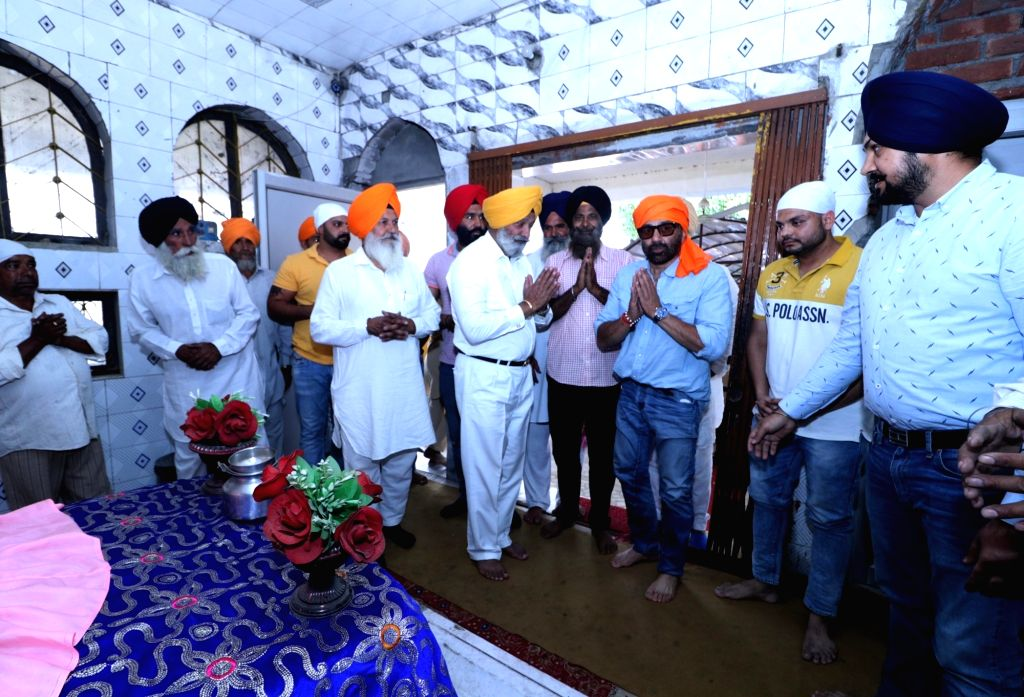 BJP's Lok Sabha candidate from Gurdaspur Sunny Deol during a roadshow, in Punjab's Gurdaspur on May 11, 2019.
