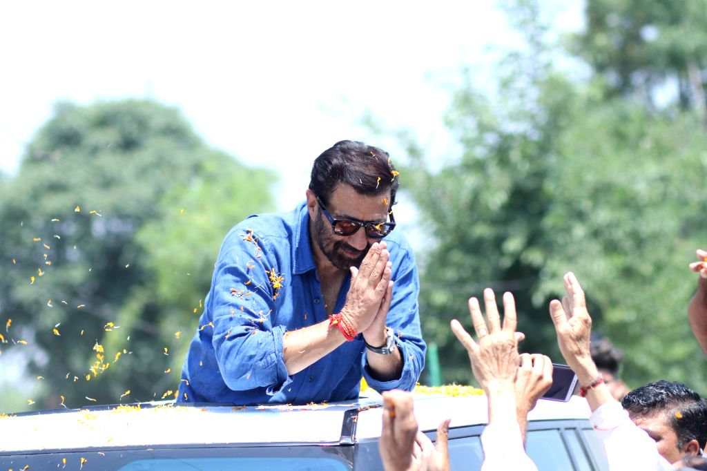 BJP's Lok Sabha candidate from Gurdaspur, Sunny Deol during a roadshow for the forthcoming Lok Sabha polls, in Pathankot, on May 12, 2019.