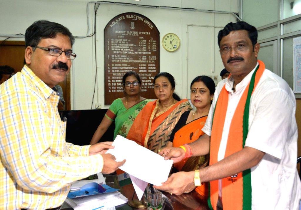 BJP's Lok Sabha candidate from North Kolkata, Rahul Sinha files his nomination for the forthcoming Lok Sabha elections, in Kolkata on April 25, 2019. - Rahul Sinha