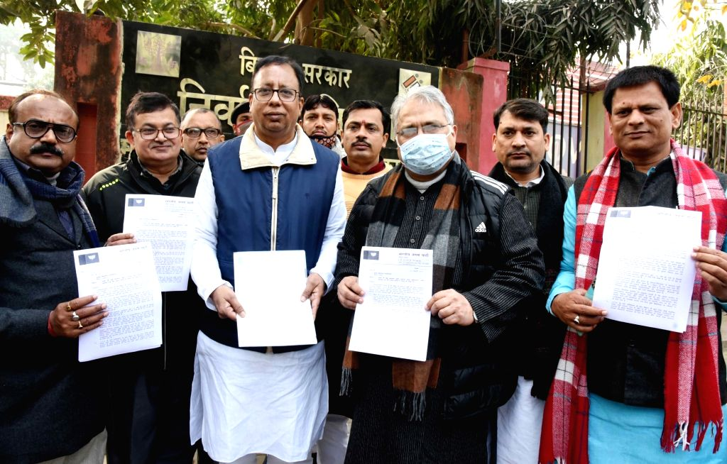 BJP state president Sanjay Jaiswal at election commision office for their demands, Patna on 27 January 2021