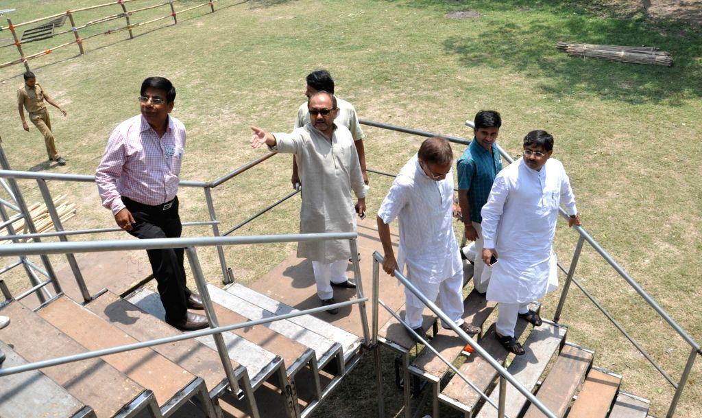 BJP team review the preparations ahead of Prime Minister Narendra Modi's rally at Shahid Minar in Kolkata on April 16, 2016. - Narendra Modi
