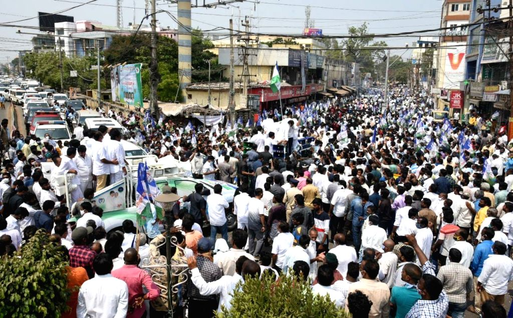BJP, YSRCP Tirupati by-poll candidates file nominations