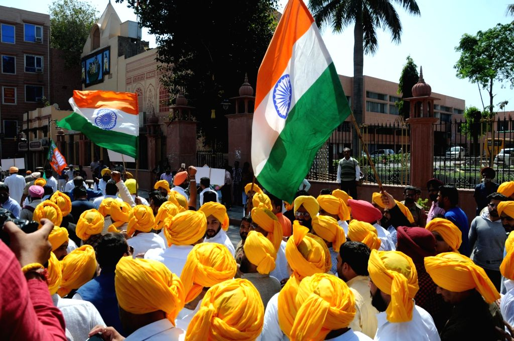 BJYM activists participate in a rally organised on martyrdom day of Bhagat Singh, Rajguru and Sukhdev in Amritsar, on March 23, 2018. - Bhagat Singh