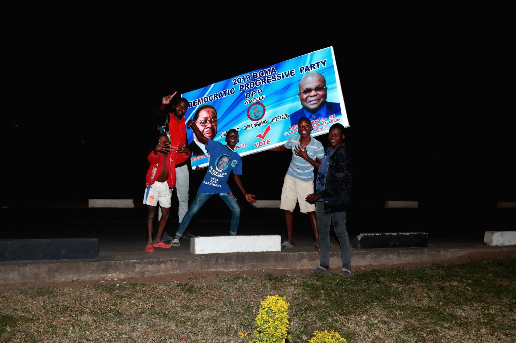 BLANTYRE (MALAWI), May 27, 2019 Supporters of Peter Mutharika celebrate in Blantyre, Malawi, on May 27, 2019. Malawi's incumbent President Peter Mutharika was on Monday declared winner of ...