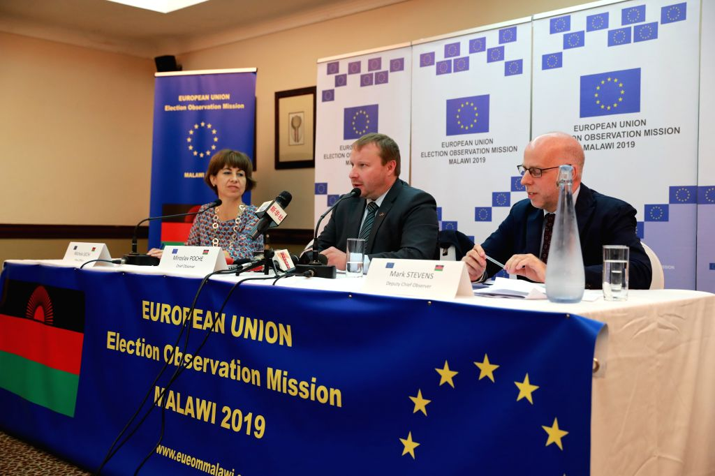 BLANTYRE, May 24, 2019 - Miroslav Poche (C), Chief Observer of the European Union (EU) Election Observation Mission, speaks at a press briefing in Blantyre, Malawi, May 23, 2019. International ...