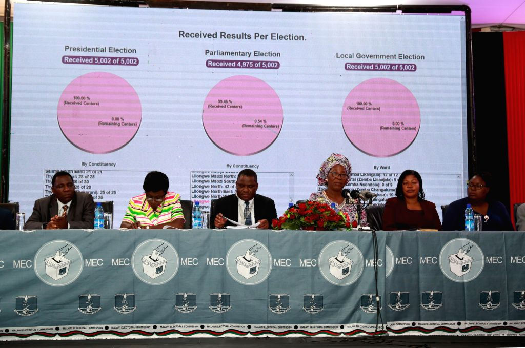 BLANTYRE, May 26, 2019 - Justice Jane Ansah (3rd R), chairperson of the Malawi Electoral Commission (MEC), announces the results for parliamentary elections in Blantyre, Malawi, May 25, 2019. ...