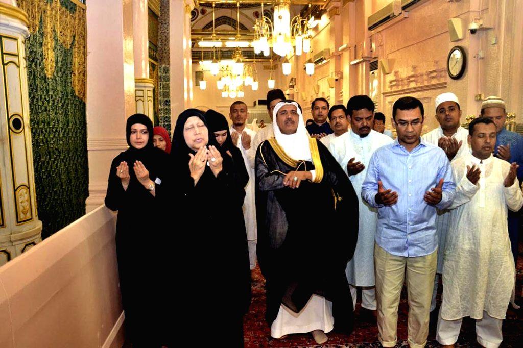 BNP Chairperson Khaleda Zia and her son Tarique Rahman visit the shrine of Prophet Muhammad in Medina, Saudi Arabia on July 21, 2014.