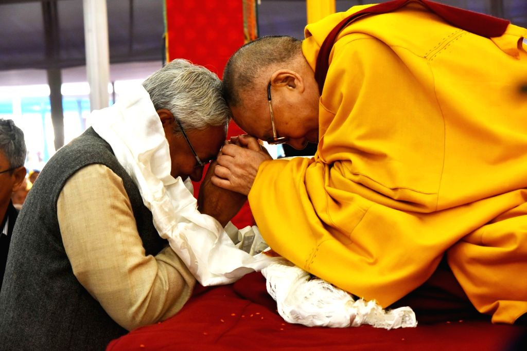 Bodh Gaya: Tibetan spiritual leader Dalai Lama with Bihar chief Minister Nittish Kumar  during Kalachakra in Bodh Gaya on Jan 14, 2017. - Nittish Kumar