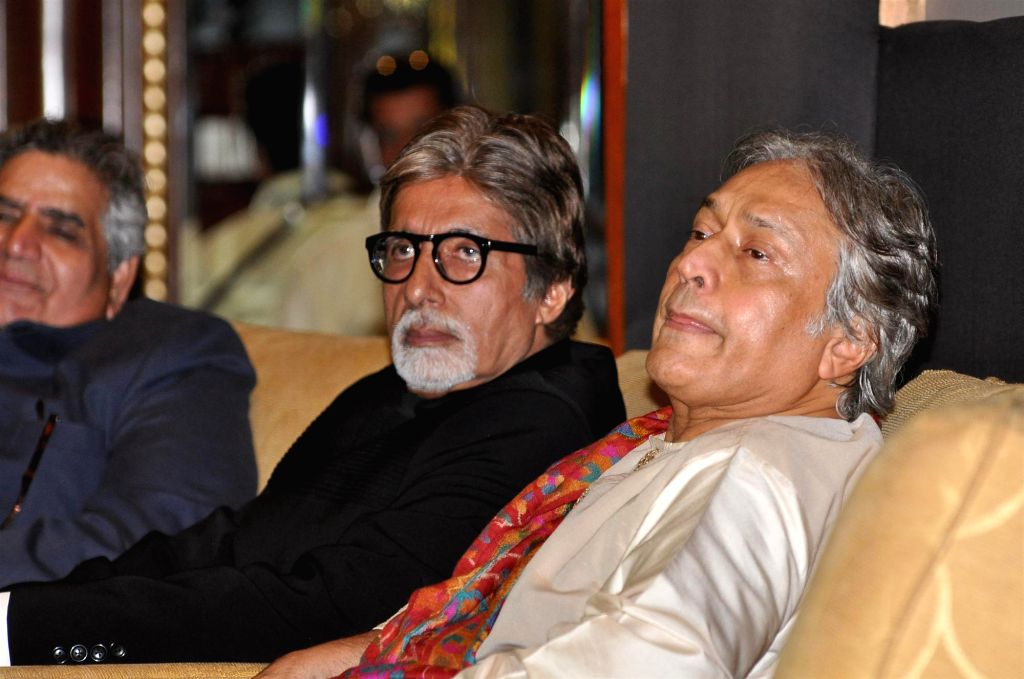 Bollywood actor Amitabh Bachchan with Sarod maestro Amjad Ali Khan at the release of book on Amjad Ali Khan`s father ``My Father, Our Fraternity: The Story of Hafiz Ali Khan And My World`` in Mumbai. (Photo: IANS) - Amitabh Bachchan and Amjad Ali Khan