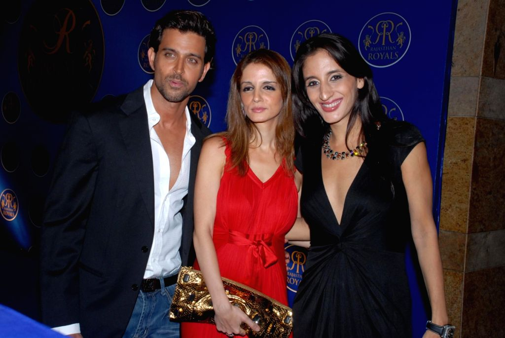 Bollywood actor Hrithik Roshan with his wife Suzanne at the Rajasthan Royals bash.
