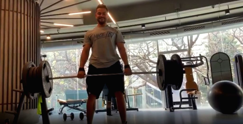 Bollywood actor Kunal Kemmu shared a video where he can be seen lifting 150 kilos of weight. He says it is not about how much you lift but how well you can lift it and not injure yourself in the ... - Kunal Kemmu
