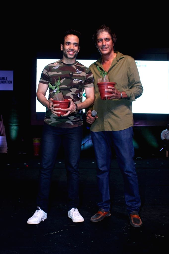 Bollywood actor Tusshar Kapoor and Chunky Pandey during a program to celebrate world environment day organized by Bhamla Foundation and MCGM in Mumbai, on June 5, 2017. - Tusshar Kapoor and Pandey