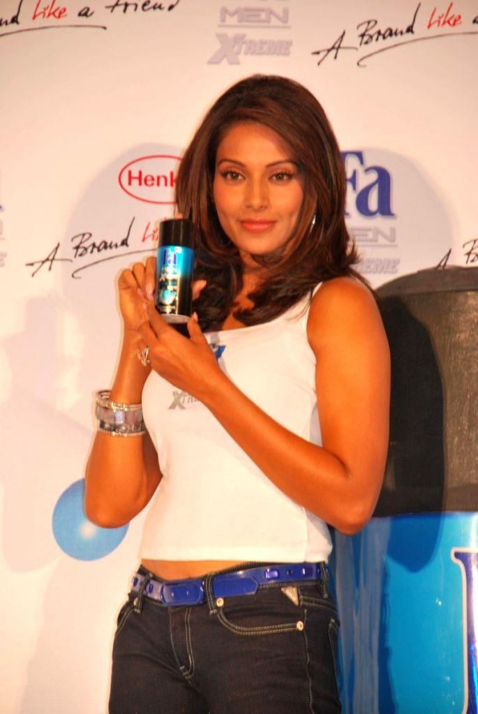 Bollywood actress Bipasha Basu launched Fa Perfume.