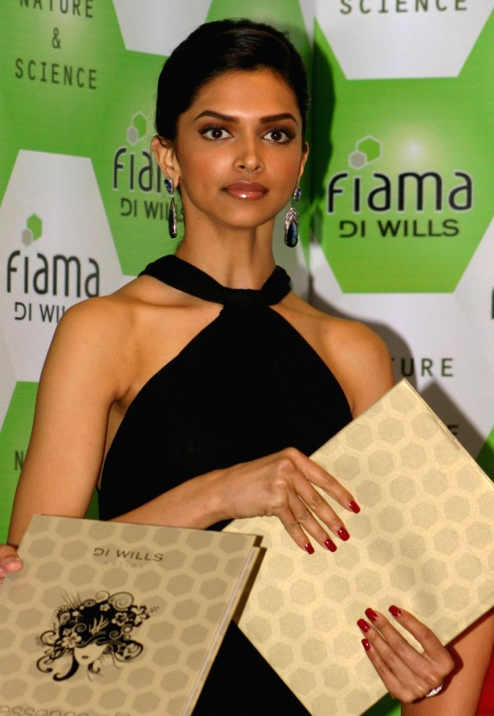 Bollywood actress Deepika Padukone at a book release function at Wills Lifestyle India Fashion Week 2009,in New Delhi on Saturday.
