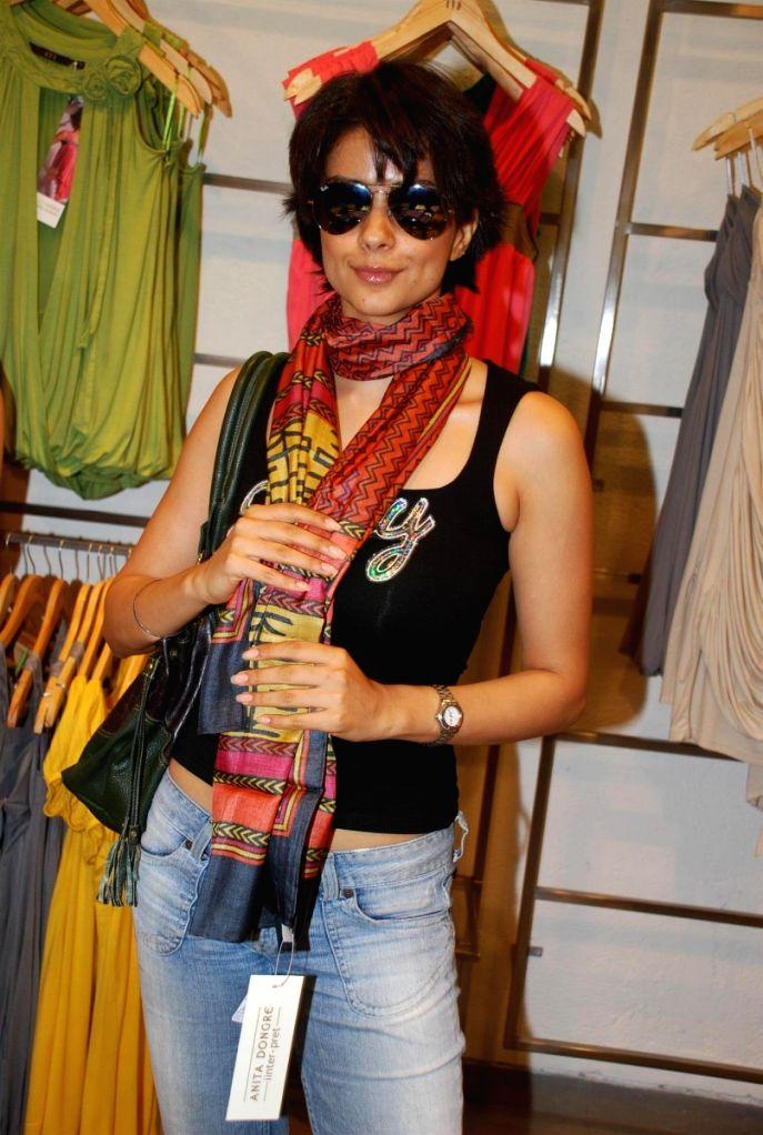 Bollywood actress Gul Panag at fashion designer Anita Dongres's new collection launch. - Gul Panag