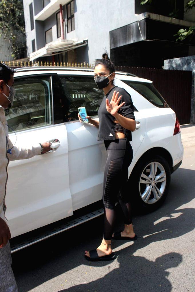Bollywood actress Rakul Preet Singh Spotted At Yoga Class in Bandra Jan 26, 2021. - Rakul Preet Singh Spotted A