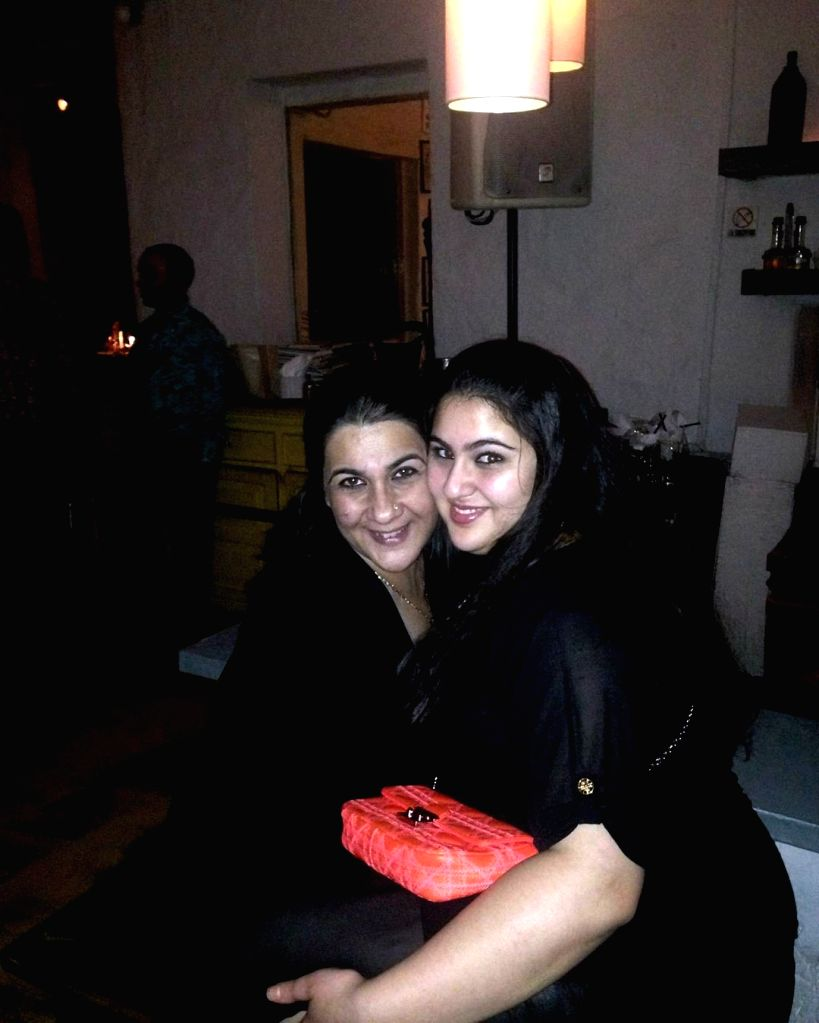 Bollywood actress Sara Ali Khan has shared a throwback photograph of herself but it is the caption which is winning the internet. Sara on Wednesday shared a picture where her chubbier self. In the image she is seen hugging her mother Amrita Singh. - Sara Ali Khan and Amrita Singh