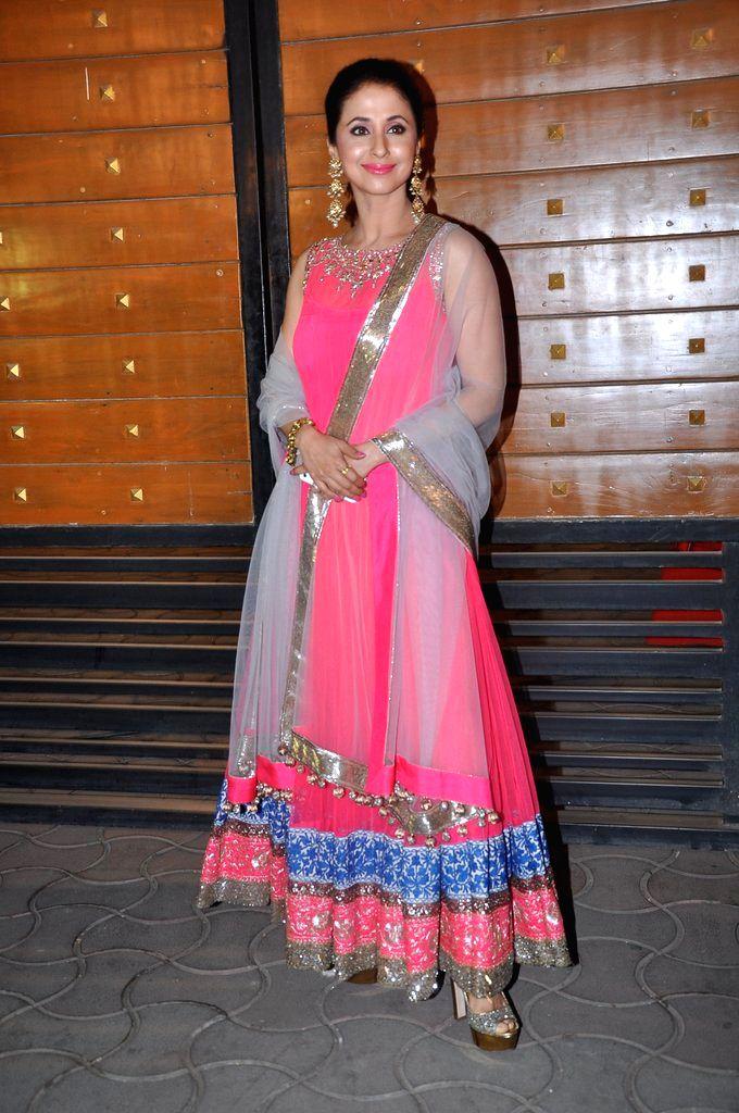 Bollywood actress Urmila Matondkar arrives at the red carpet of The Filmfare Awards 2013 in Mumbai. - Urmila Matondkar