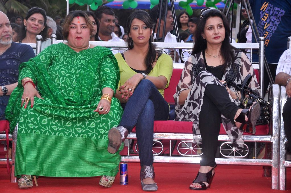 Bollywood celebrities Poonam Dhillon and Dolly Bindra at world environment day celebrations in Mumbai.