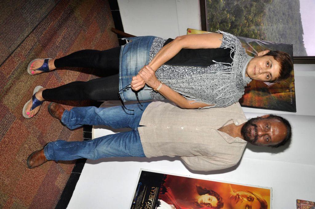 Bollywood filmmakers Deepa Sahi and Ketan Mehta during the announcement of the film Manjhi - The Mountain Man on Dashrath Manjhi`s death anniversary in Mumbai on August 17, 2013. (Photo::: IANS) - Ketan Mehta