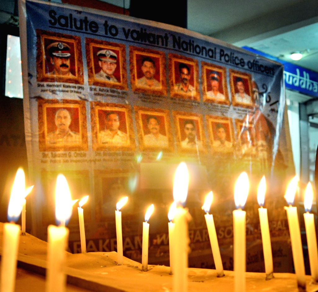 Bollywood remembers 26/11 martyrs