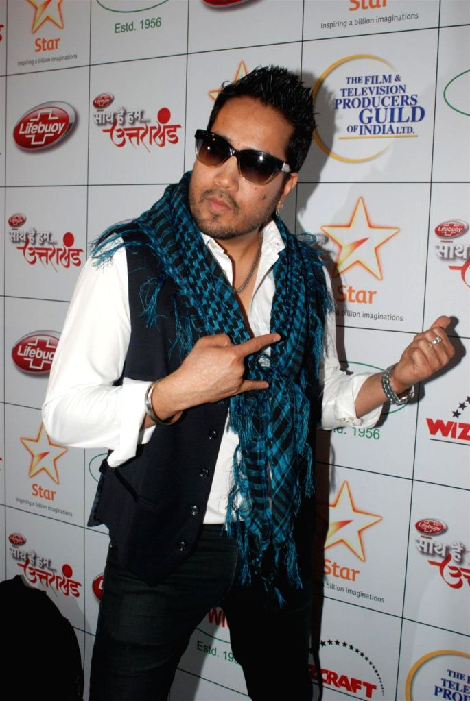 Bollywood singer Mika Singh during the Star India`s `Saath Hain Hum Uttarakhand` 7-hour programme in Mumbai on August 15, 2013. (Photo::: IANS) - Mika Singh