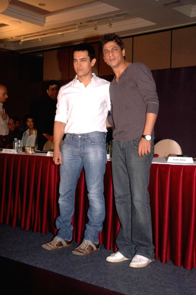 Bollywood superstars Aamir Khan and Shah Rukh Khan join hands  for 'Fair Rights for Friday Nights