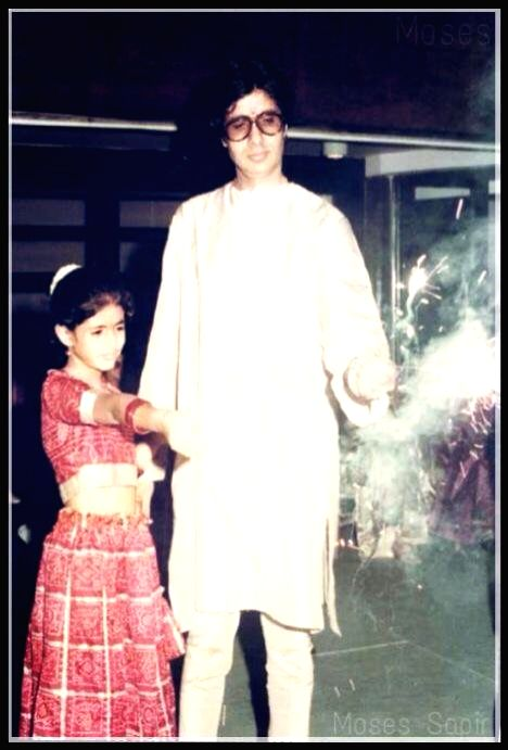 Bollywood veteran Megastar Amitabh Bachchan has posted two throwback Diwali photographs of himself on social media, and the fans are simply loving it. In the first photograph, Big B is seen with ... - Megastar Amitabh Bachchan
