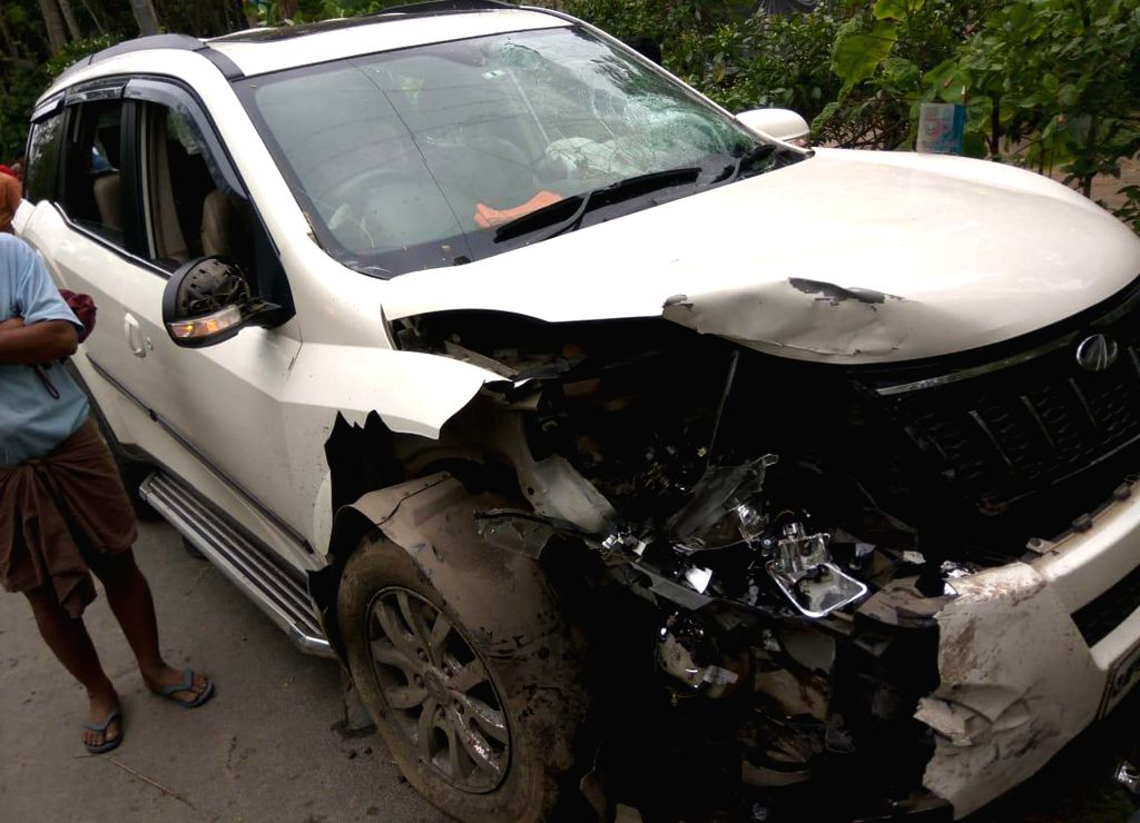 Bongaon: The damaged car of BJP's Lok Sabha candidate from Bongaon, Shantanu Thakur after it car collided with a police vehicle in West Bengal's in North 24 Parganas, on May 4, 2019. (Photo: IANS)