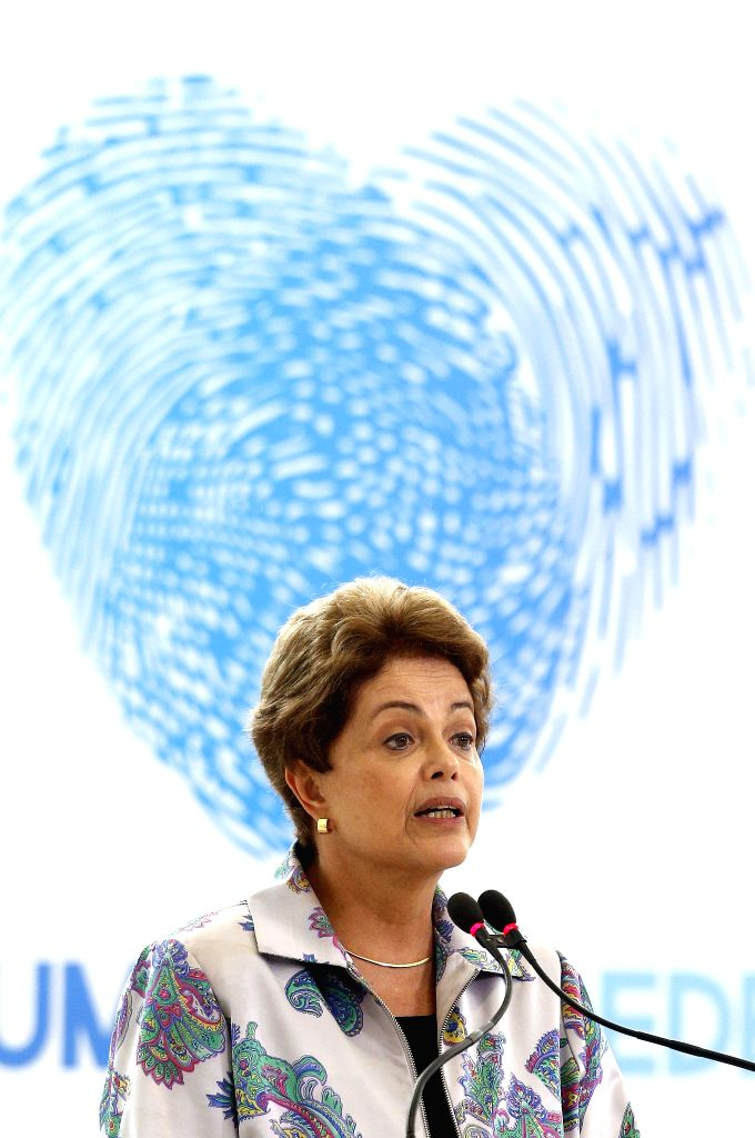 The Brazilian President, Dilma Rousseff, delivers a speech during the launching ceremony of the National Pact to Confront Human Rights in Internet, in the Planalto ...