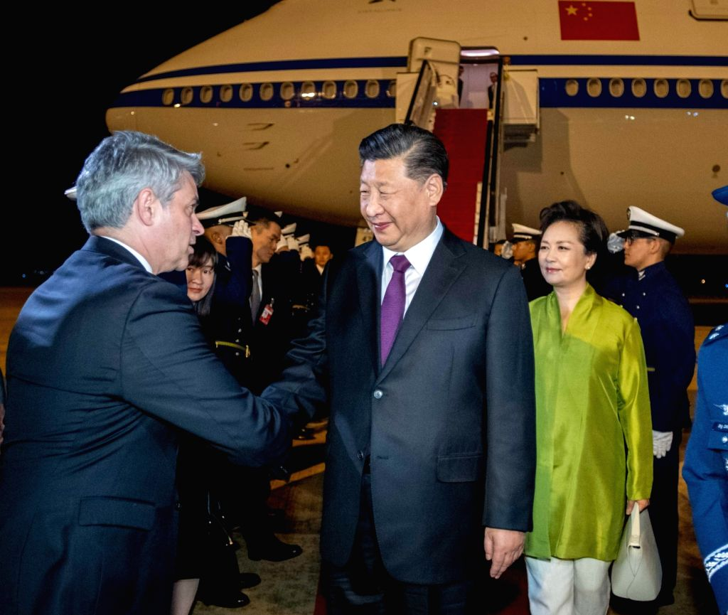 BRASILIA, Nov. 12, 2019 - Chinese President Xi Jinping and his wife Peng Liyuan are greeted by senior officials of Brazil upon their arrival in Brasilia, Brazil, Nov. 12, 2019. Chinese President Xi ...