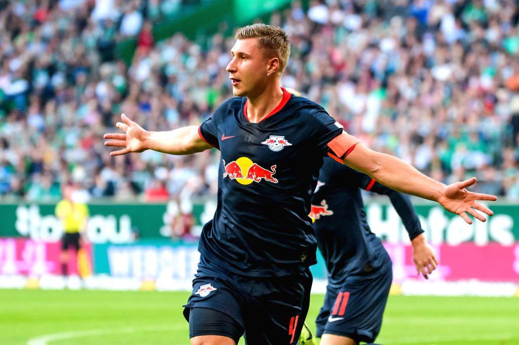 BREMEN, Sept. 22, 2019 - Willi Orban of Leipzig celebrates scoring during the Bundesliga soccer match between SV Werder Bremen and RB Leipzig in Bremen, Germany, on Sept. 21, 2019.
